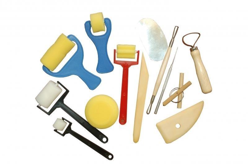 Werkzeuge für Knetmasse/ Ton + Schaumstoffroller 13 teilig